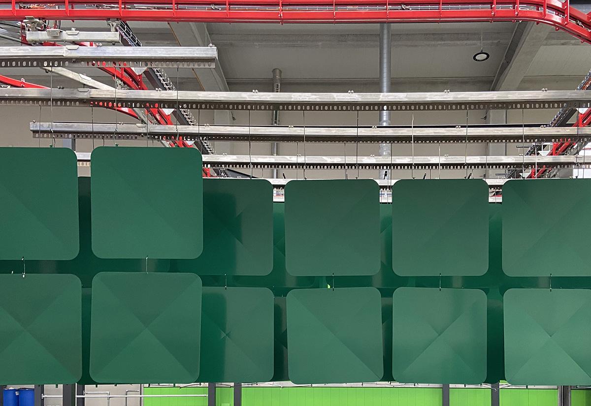 Lacados Lugo. Pintura en polvo en hierro y aluminio. Blanco. Negro. Verde. Rojo. Azul. Galicia